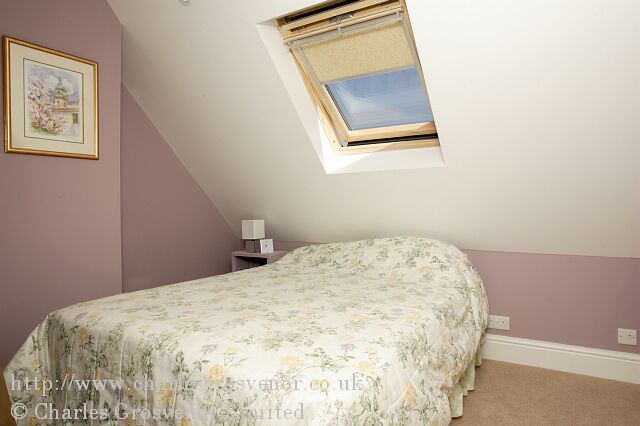 Single loft conversion bedroom